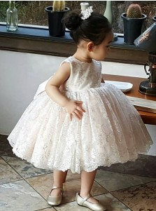 Ball Gown Round Neck Pearl Pink Lace Flower Girl Dress with Bowknot