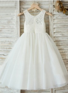 A-Line Round Neck White Flower Girl Dress with Lace