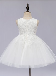 A-Line Jewel White Tulle Flower Girl Dress with Appliques