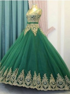 Ball Gown V-Neck Green Tulle Appliques Quinceanera Dress with Sash