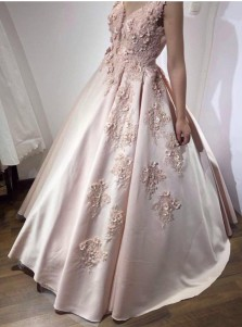 Ball Gown V-Neck Pearl Pink Satin Beading Appliques Flowers Quinceanera Dress