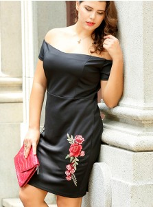 Off the Shoulder Appliques Plus Size Black Dress