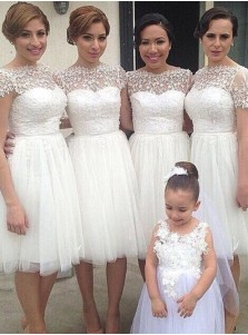 Simple A-line Bateau Knee-Length White Bridesmaid Dresses with Appliques
