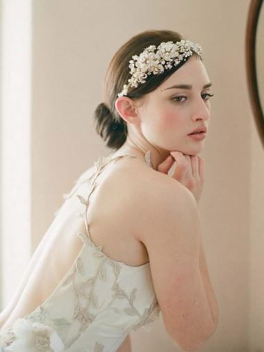 Ladies Beautiful Crystal Rhinestone Alloy Tiaras