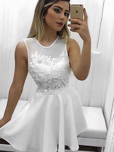 A-Line Round Neck Short White Homecoming Dress with Pockets Appliques