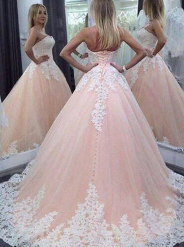 Stunning Sweetheart Floor-Lenth Wedding Dress with Appliques