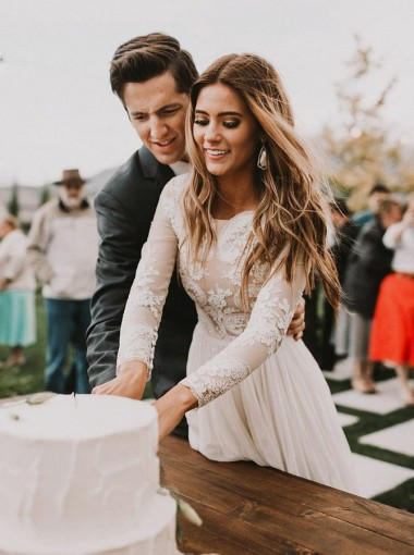A-Line Bateau Long Sleeves Chiffon Wedding Dress with Appliques