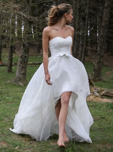 High Low Sweetheart Sleeveless Organza Appliques Beach Wedding Dress