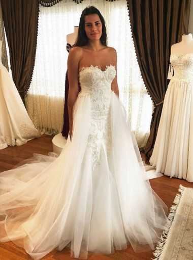 Mermaid Sweetheart Court Train Tulle Wedding Dress with Appliques
