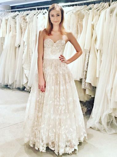 A-Line Sweetheart Floor Length Sleeveless Lace Wedding Dress