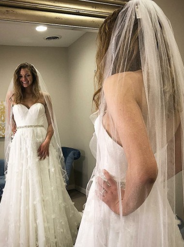 A-Line Sweetheart Lace Wedding Dress with Beading