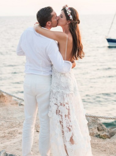A-Line Spaghetti Straps Backless Beach Wedding Dress with Appliques