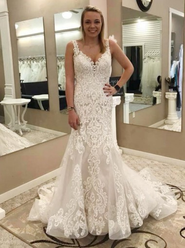 Mermaid Scoop Sweep Train Sleeveless Wedding Dress with Appliques