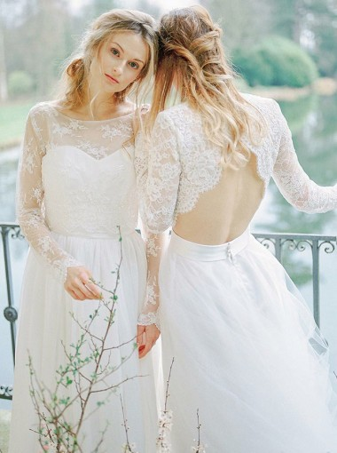 A-Line Round Neck Open Back Tulle wedding Dress with Lace Sleeves