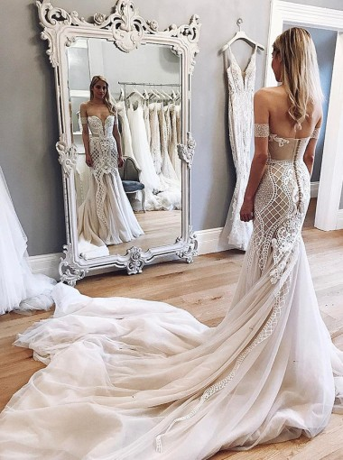 Mermaid Off-the-Shoulder Chapel Train Champagne Tulle Wedding Dress with Appliques