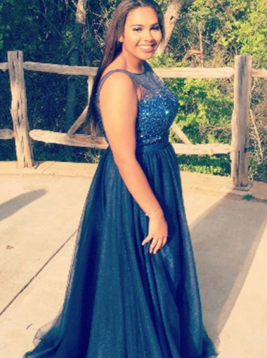 A-Line Bateau Navy Blue Tulle Plus Size Prom Dress with Beading