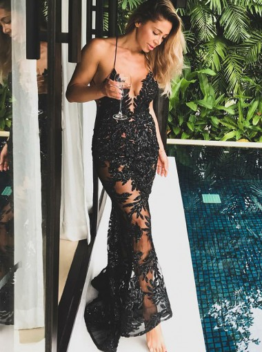 Sheath Spaghetti Straps Black Lace Prom Dress with Appliques Beading