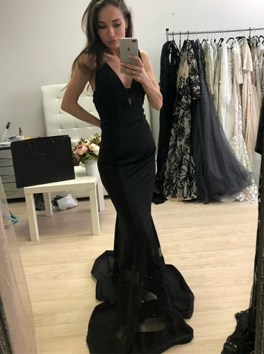 Mermaid V-Neck Black Satin Prom Dress with Beading