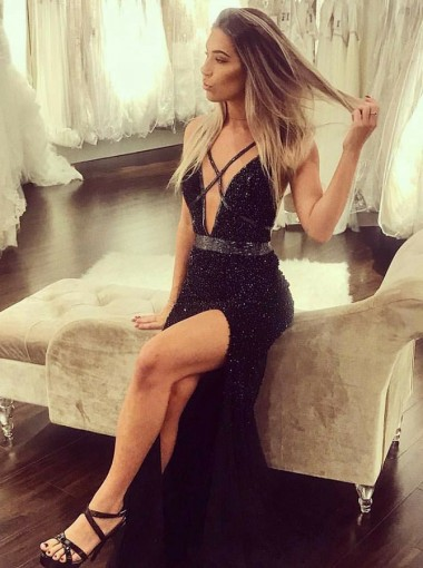 Sheath Deep V-Neck Backless Black Sequined Prom Dress with Beading