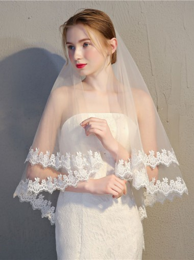 Two-tier Fingertip 90cm Tulle Bridal Veils with Lace Edge