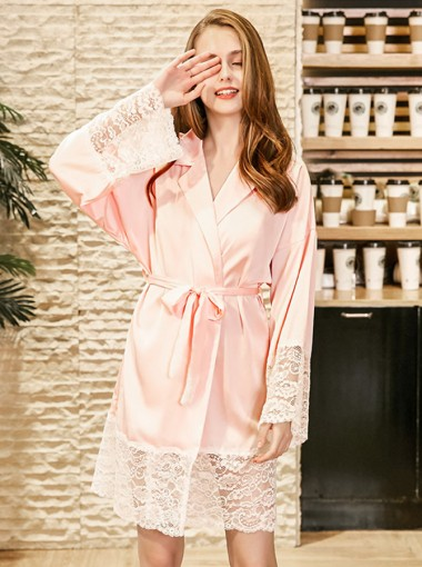 Bride Bridesmaid Long Sleeves Pink Polyester Robes with Lace