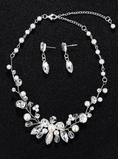 Silver Alloy Earring and Necklace Jewelry Sets with Imitation Pearls and Crystal