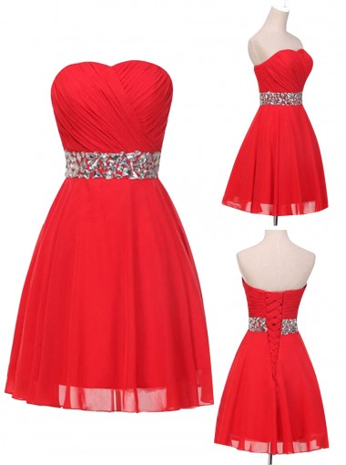 Elegant Sweetheart Sparkle Red Short Prom/Homecoming Dress with Beading