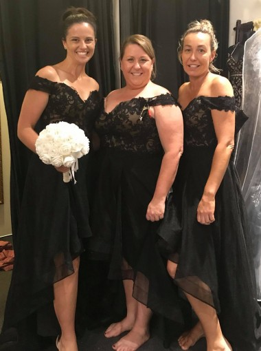 High Low Off-the-Shoulder Black Tulle Bridesmaid Dress with Lace