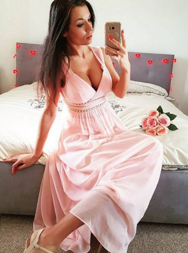 A-Line Scoop Pleated Pink Chiffon Bridesmaid Dress with Beading