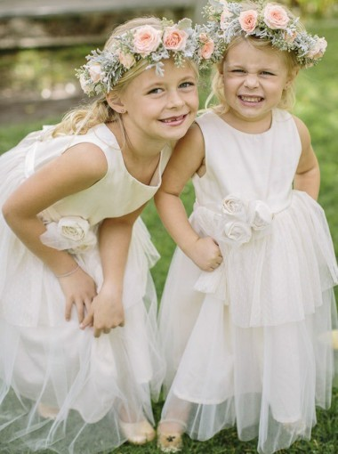 A-Line Jewel Floor-Length White Tulle Flower Girl Dress with Flowers