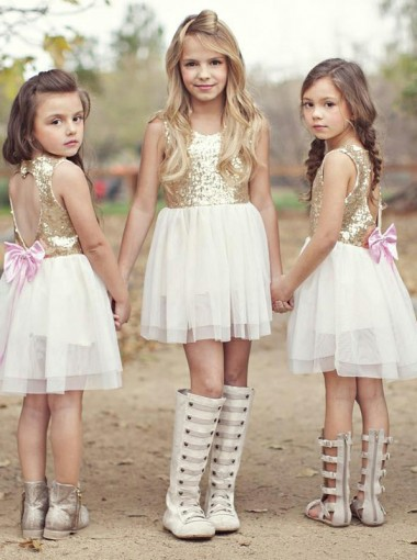 A-Line Round Neck Open Back White Short Flower Girl Dress with Sequins Bowknot