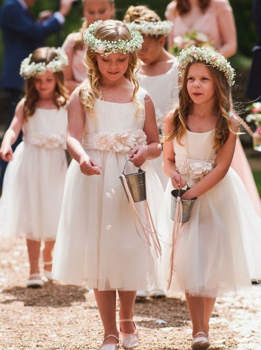 A-Line Round Neck Mid Calf White Flower Girl Dress with Flowers