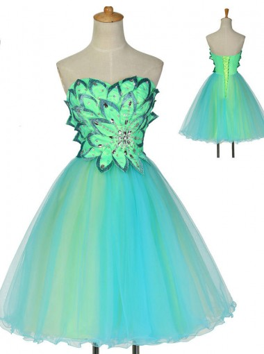 A-line Sweetheart Knee-Length Sleeveless Beaded Tulle Lace-up Homecoming Dress