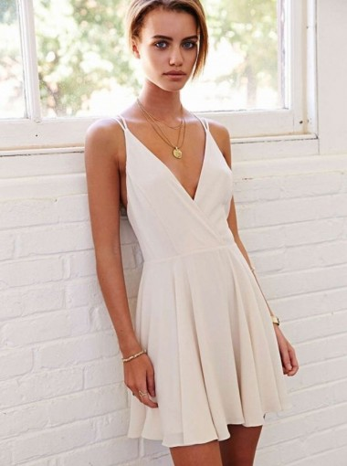 A-Line Deep V-Neck Sleeveless Short Ivory Chiffon Homecoming Dress