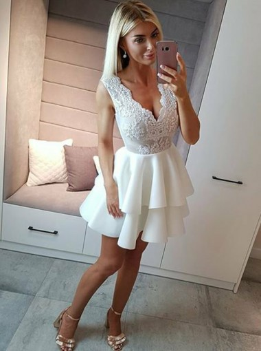 A-Line V-Neck Short Tiered White Homecoming Dress with Appliques