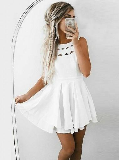 A-Line Bateau Short Pleated White Chiffon Homecoming Dress