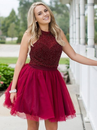 A-Line Jewel Burgundy Tulle Short Homecoming Dress with Beading