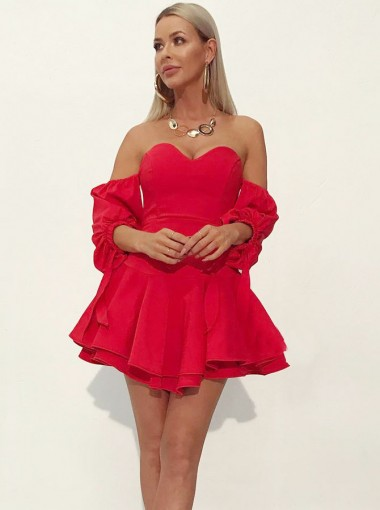 A-Line Sweetheart Tiered Short Red Homecoming Dress with Sleeves