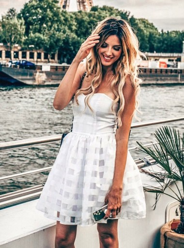 A-Line Strapless Short White Lace Homecoming Party Dress