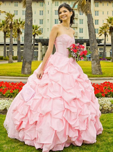 Ball Gown Sweetheart Pearl Pink Tiered Satin Quinceanera Dress with Appliques