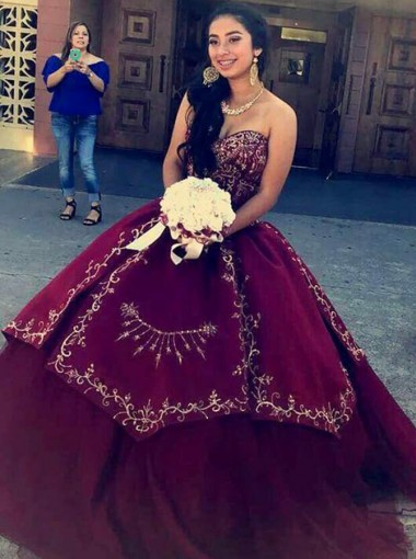 Ball Gown Sweetheart Dark Red Tulle Beaded Appliques Quinceanera Dress