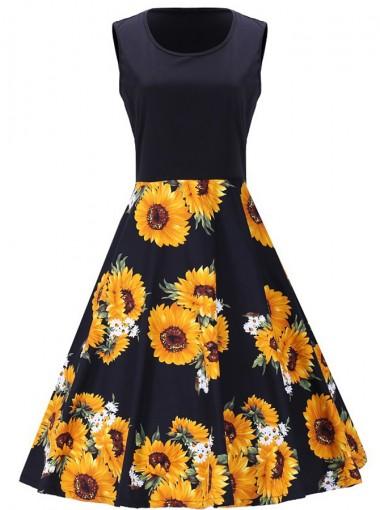 Vintage Floral Round Neck A-Line Plus Size Sundress