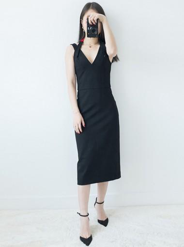 V-Neck Tea-Length Backless Black Club Dress