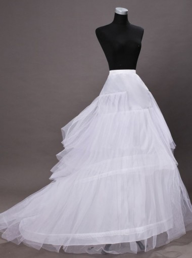 White Chapel Train Wedding Dress Cirnoline/Petticoats