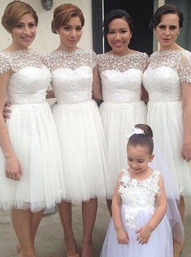 Simple A-line Bateau Knee-Length White Bridesmaid Dresses with Appliques