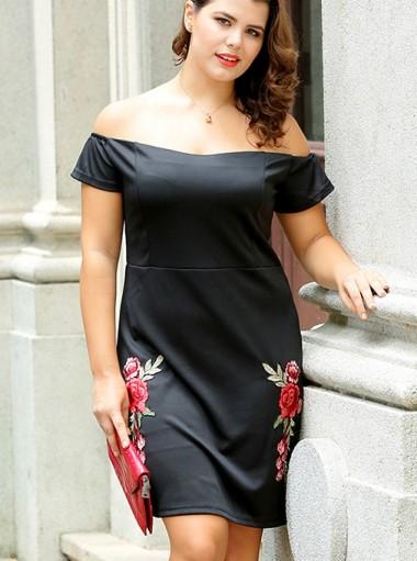 Off the Shoulder Appliques Plus Size Black Dress