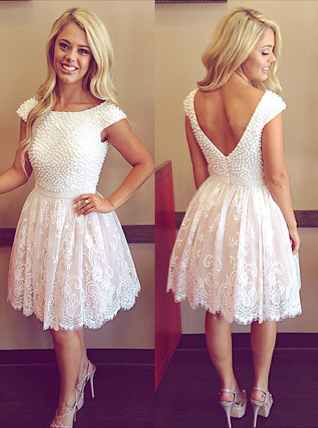 A-Line Crew Neck Cap Sleeves Short White Homecoming Dress with Appliques фото