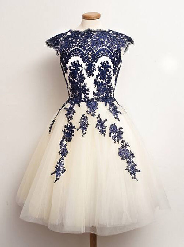 A-Line Scalloped-Edge Cap Sleeves White Tulle Prom Dress With Blue Appliques фото